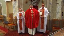 Bemutatkozik Bicske új plébánosa és káplánja