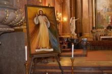 Körbejár a Szombathelyi Egyházmegyében az Isteni Irgalmasság képe