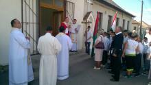 Szent II. János Pál pápa Általános Iskola Körömben, a verbiták által vezetett plébánián
